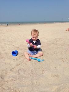 spelen in hjet zand